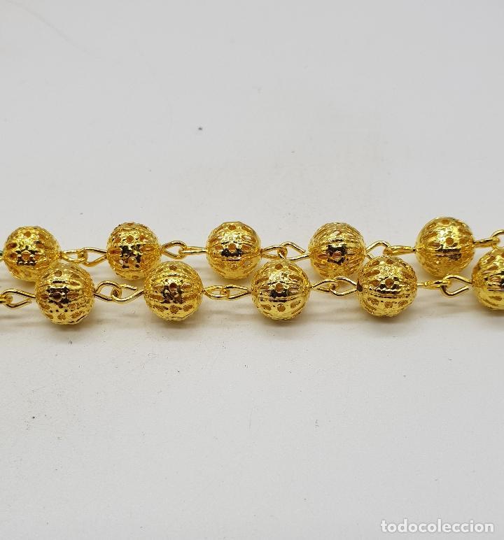 Joyeria: Bello rosario de bolas caladas con acabado en oro de ley . - Foto 4 - 183091572