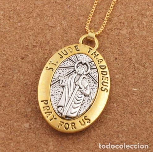 Medalla Ovalada Con Cadena En Plata Y Oro De Sa Sold Through Direct Sale 158164893