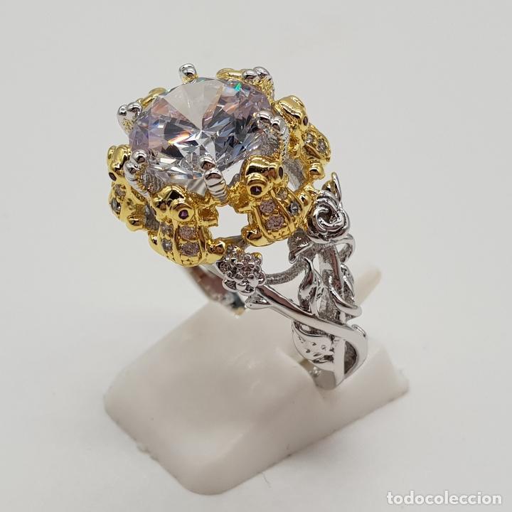 Joyeria: Magnífico anillo de estilo grotesco con acabados en oro y plata de ley, ranas sujetando gran circón - Foto 2 - 154446878