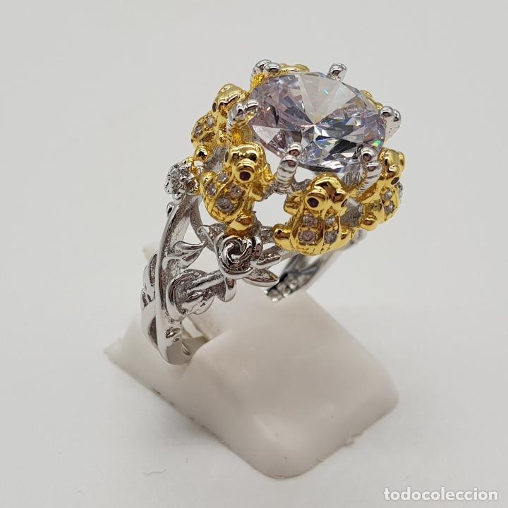 Joyeria: Magnífico anillo de estilo grotesco con acabados en oro y plata de ley, ranas sujetando gran circón - Foto 4 - 154446878