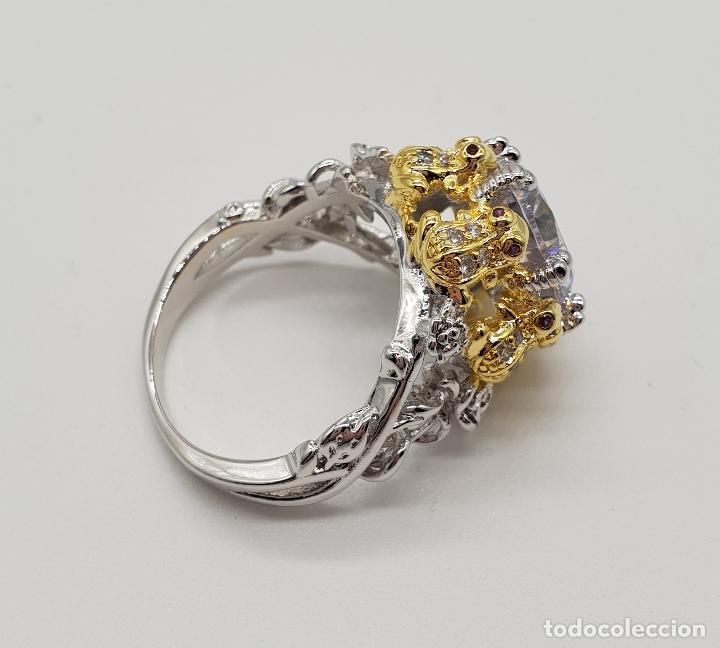 Joyeria: Magnífico anillo de estilo grotesco con acabados en oro y plata de ley, ranas sujetando gran circón - Foto 8 - 154446878