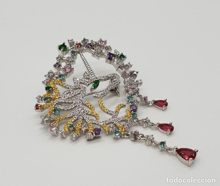 Joyeria: Espectacular broche de lujo unicornio con acabado en oro de 18k y pave de circonitas de colores . - Foto 4 - 177140589
