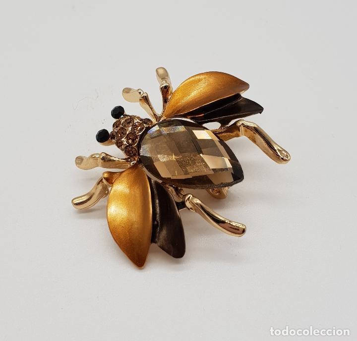 Joyeria: Elegante broche con forma de insecto, acabados en oro, esmaltes y cristal austriaco facetado . - Foto 4 - 173162417
