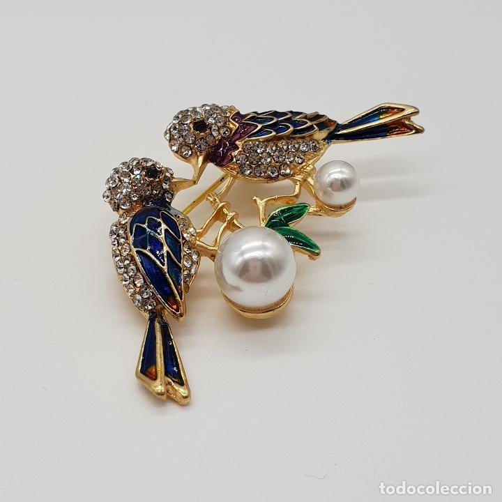 Joyeria: Broche vintage de pareja de aves con acabado en oro, esmaltes al fuego, circonitas y perlas . - Foto 2 - 159301300