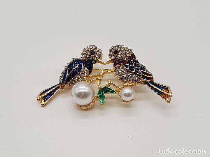 Joyeria: Broche vintage de pareja de aves con acabado en oro, esmaltes al fuego, circonitas y perlas . - Foto 3 - 159301300