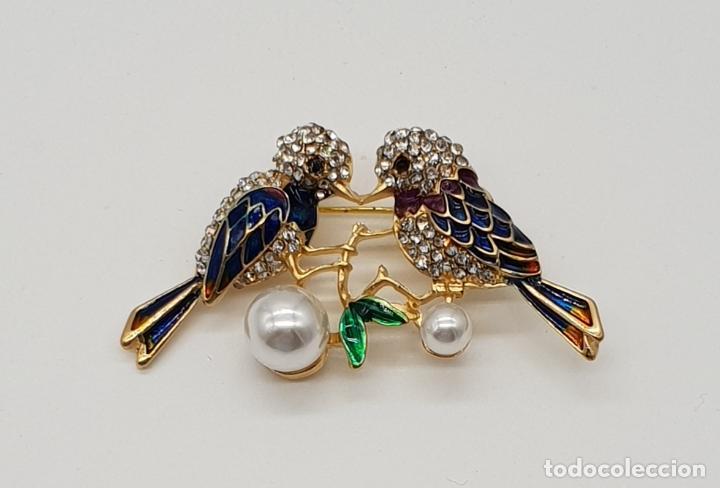 Joyeria: Broche vintage de pareja de aves con acabado en oro, esmaltes al fuego, circonitas y perlas . - Foto 5 - 159301300