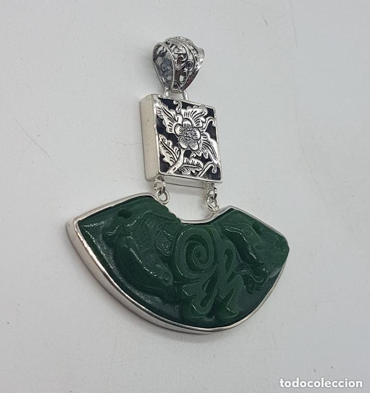 Joyeria: Espectacular gran colgante chino de plata 925 con jade bellamente tallado. - Foto 3 - 155240918