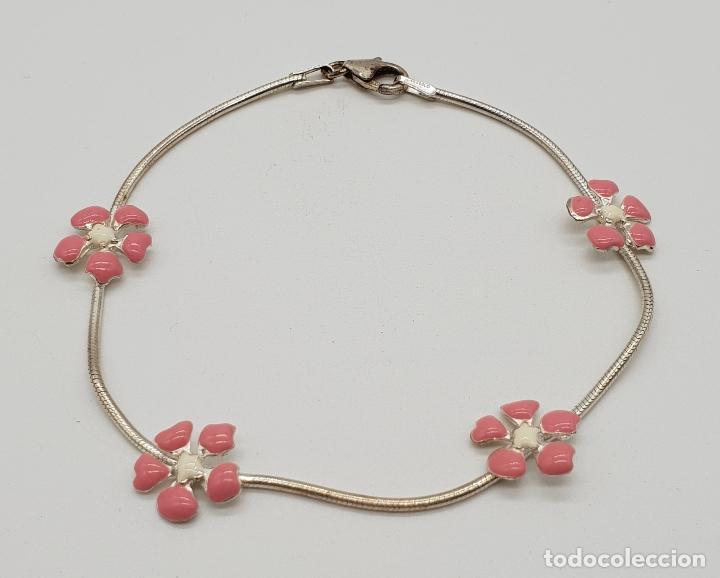 Joyeria: Bonita pulsera en plata de ley contrastada 925 con flores esmaltadas en rosa y blanco . - Foto 2 - 155516958