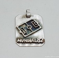 Joyeria: ORIGINAL MEDALLA ANTIGUA DEL MUNDIAL ESPAÑA 1982 EN PLATA DE LEY CONTRASTADA SIN GRAVAR.. Lote 155887926