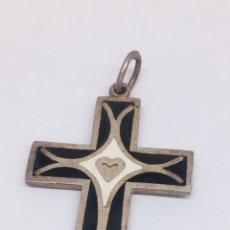 Joyeria: COLGANTE DE CRUZ DE PLATA CON ESMALTE CORAZÓN DE JESÚS. Lote 155921425