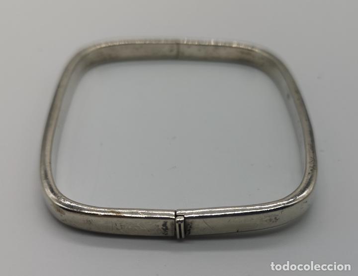 Joyeria: Brazalete antiguo en plata de ley contrastada de forma rectangular . - Foto 3 - 156666110