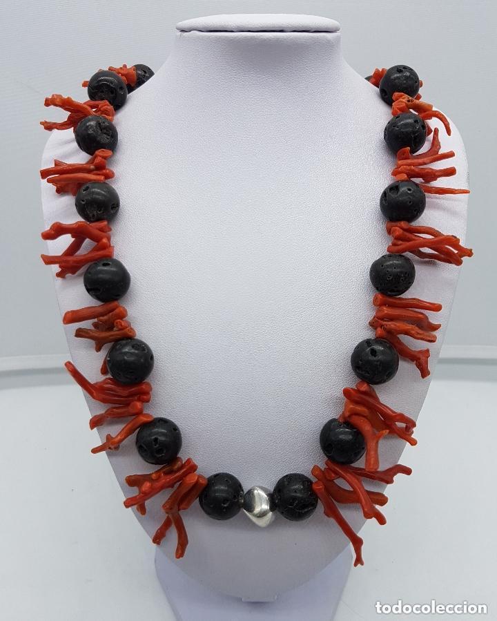 Joyeria: Majestuoso collar hecho con ramas de coral, rocas volcanicas talladas y plata de ley contrastada. - Foto 2 - 156825242