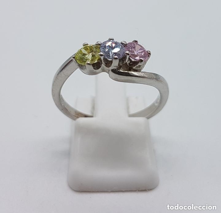 Joyeria: Antiguo anillo en plata de ley tipo pedida con circonitas de colores engarzadas talla diamante. - Foto 2 - 156948278