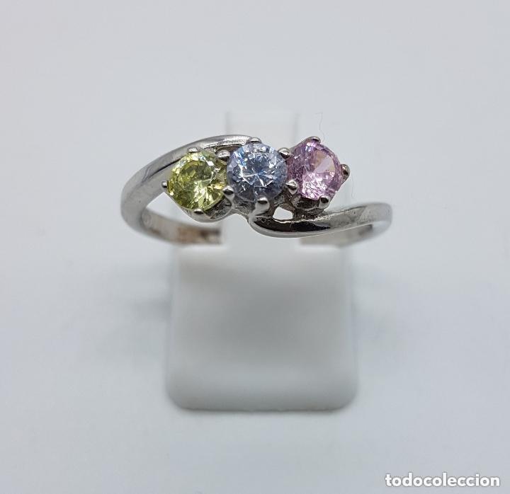 Joyeria: Antiguo anillo en plata de ley tipo pedida con circonitas de colores engarzadas talla diamante. - Foto 4 - 156948278