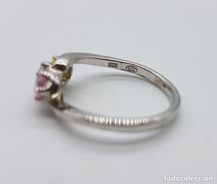 Joyeria: Antiguo anillo en plata de ley tipo pedida con circonitas de colores engarzadas talla diamante. - Foto 5 - 156948278