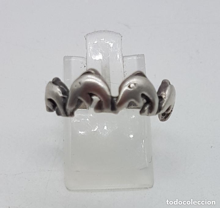 Joyeria: Original anillo antiguo de plata 925 tipo alianza con delfines. - Foto 2 - 156961654
