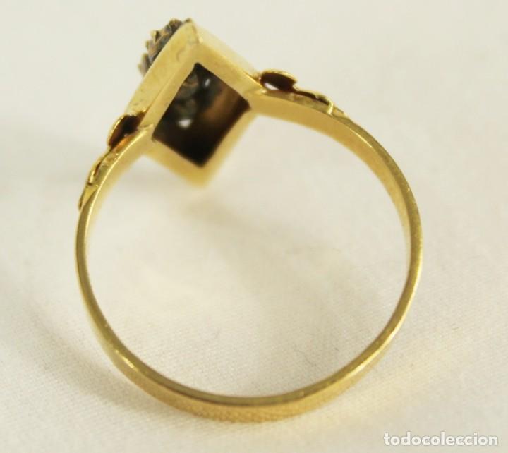 Joyeria: Anillo lanzadera fines s XIX oro de Ley y tres diamantes talla rosa. Central de 5 mm Sortija - Foto 4 - 157906706