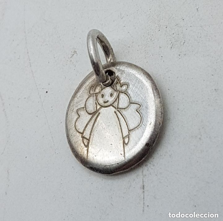 b72e877bad0b Joyeria  Bonito colgante o dije para pulsera antiguo en plata de ley  contrastada con angelito