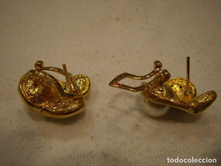 Joyeria: Pendientes chapado oro, circonios y perla, 18 KT, años 80, cierre omega, 18 Kt, Nuevo sin usar. - Foto 3 - 158374850