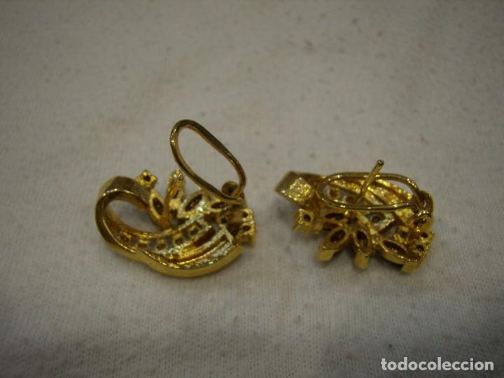 Joyeria: Pendientes chapado oro de Rofixor, circonios, piedras de colores,18 Kt,cierre omega, Nuevo sin usar. - Foto 3 - 158425010