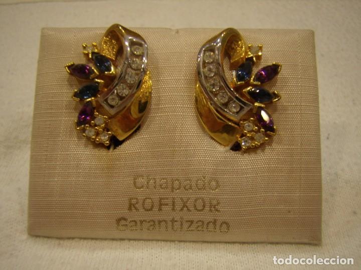 Joyeria: Pendientes chapado oro de Rofixor, circonios, piedras de colores,18 Kt,cierre omega, Nuevo sin usar. - Foto 2 - 158425010