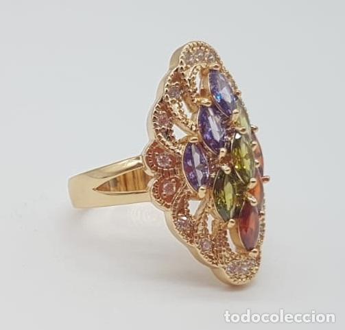 Joyeria: Magnífico anillo tipo lanzadera de lujo con acabado en oro, circonitas y pedrería talla marqués . - Foto 6 - 158832074