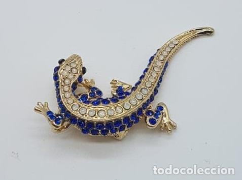 Joyeria: Original broche de estilo art decó con acabado en oro, y pavé de cristal austriaco talla brillante . - Foto 4 - 158835734