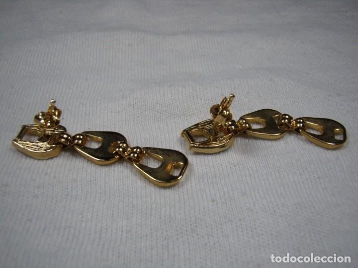 Joyeria: Pendientes chapado oro, circonios,largo, años 80, cierre tuerca, Nuevo sin usar. - Foto 3 - 159086838