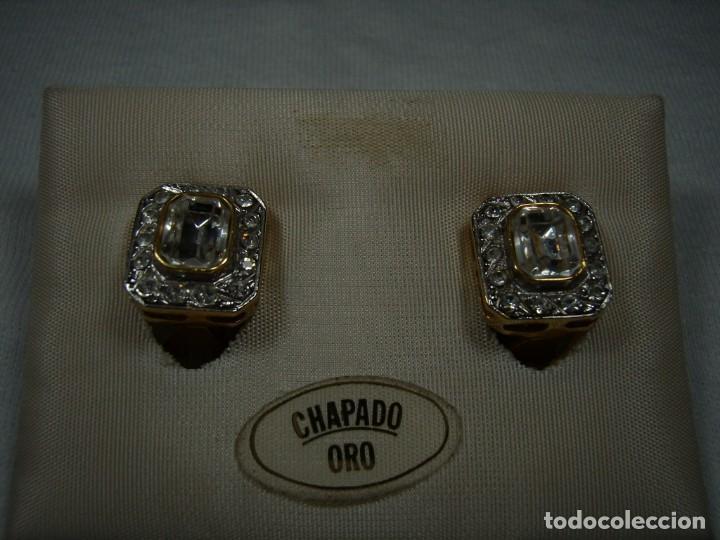 Joyeria: Pendientes chapado oro, 18 Kt, circonios, piedra blanca, años 80, cierre omega, Nuevo sin usar. - Foto 4 - 159122190