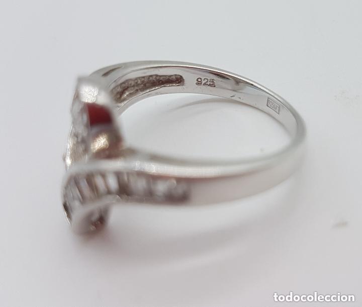 Joyeria: Magnífico anillo antiguo en plata de ley contrastada con circonitas talla brillante y baguette. - Foto 5 - 159182078