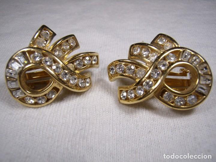 Joyeria: Pendientes chapado oro, 18 Kt, circonios, piedras blancas , años 80, cierre omega, Nuevo sin usar. - Foto 2 - 159258746
