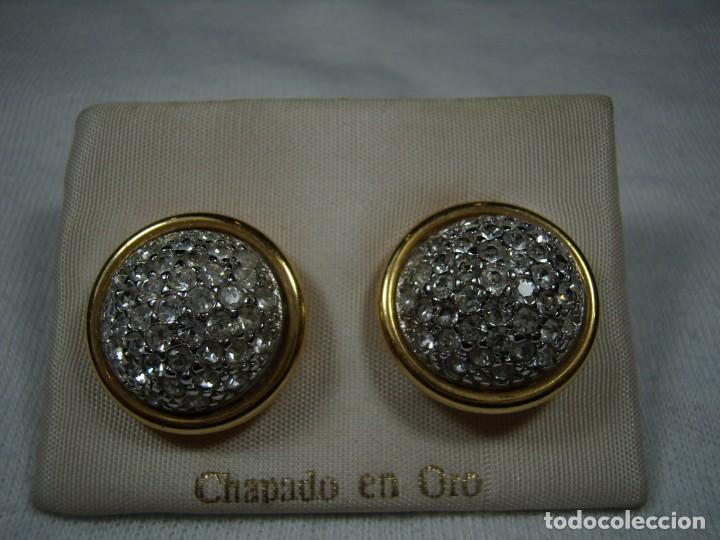 Joyeria: Pendientes chapado oro, 18 Kt, circonios, años 80, cierre omega, Nuevo sin usar. - Foto 3 - 159186082