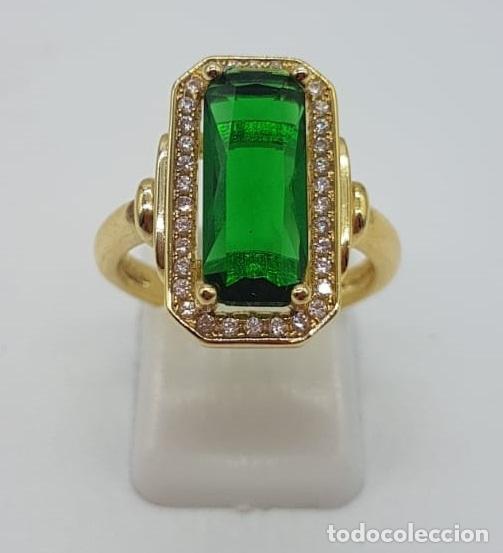 Joyeria: Elegante anillo de lujo tipo marquesa con acabado en oro de 18k, circonitas y esmeralda creada . - Foto 4 - 158294150