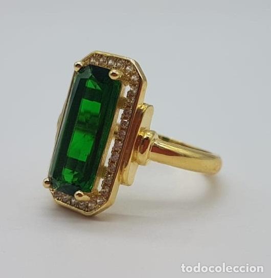 Joyeria: Elegante anillo de lujo tipo marquesa con acabado en oro de 18k, circonitas y esmeralda creada . - Foto 6 - 158294150