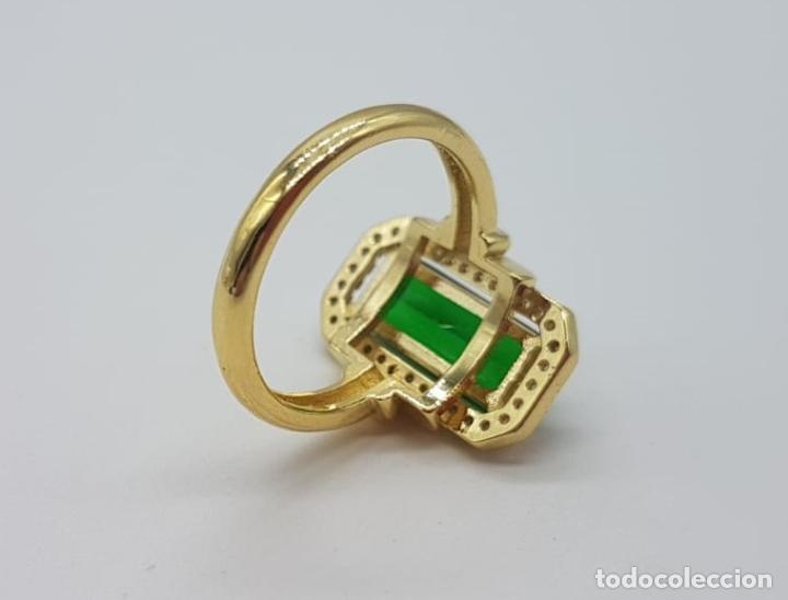 Joyeria: Elegante anillo de lujo tipo marquesa con acabado en oro de 18k, circonitas y esmeralda creada . - Foto 7 - 158294150