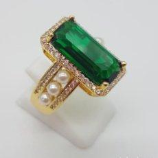 Jewelry - Elegante anillo tipo art decó chapado en oro de 18k contraste, circonitas, perlas y esmeralda creada - 159792666