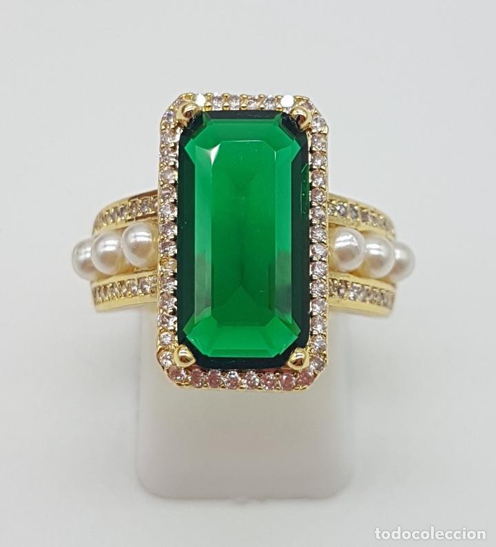 Joyeria: Elegante anillo tipo art decó chapado en oro de 18k contraste, circonitas, perlas y esmeralda creada - Foto 2 - 159792666
