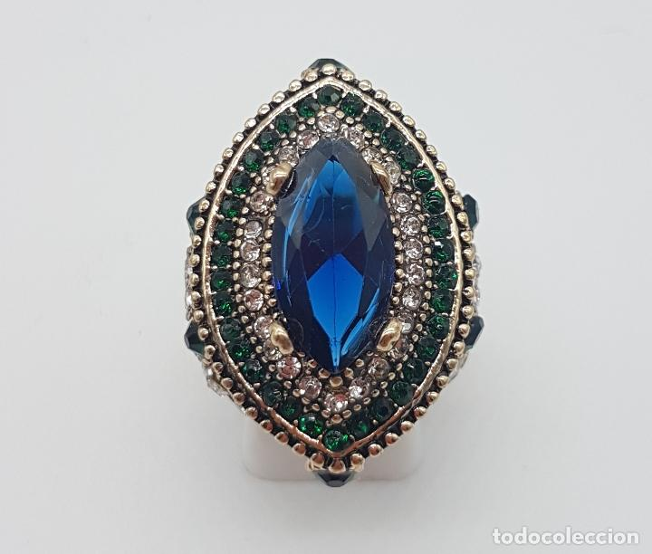 Joyeria: Espectacular anillo tipo imperio turco con acabado en oro viejo, pedrería y símil de zafiro . - Foto 2 - 159795906