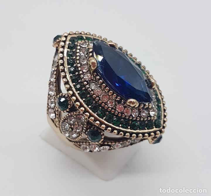 Joyeria: Espectacular anillo tipo imperio turco con acabado en oro viejo, pedrería y símil de zafiro . - Foto 3 - 159795906