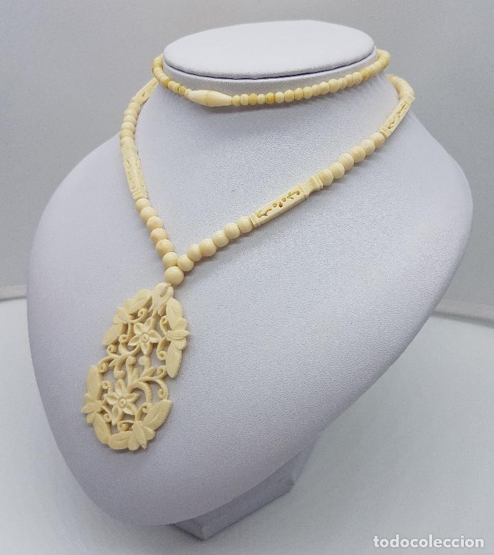 Joyeria: Collar antiguo oriental hecho a mano en marfil o hueso tallado a mano con bellos motivos florales . - Foto 2 - 159849230