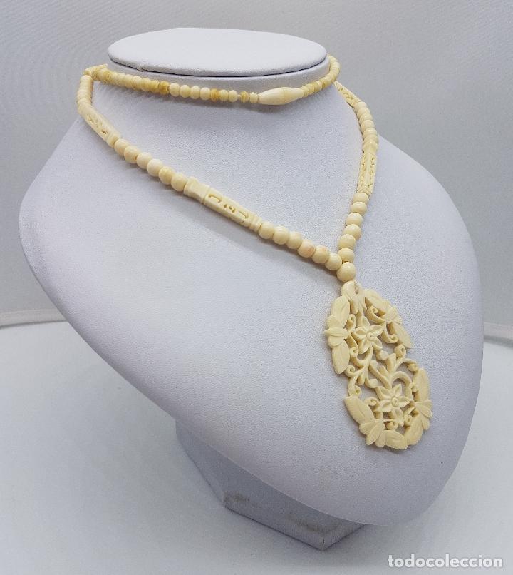 Joyeria: Collar antiguo oriental hecho a mano en marfil o hueso tallado a mano con bellos motivos florales . - Foto 4 - 159849230