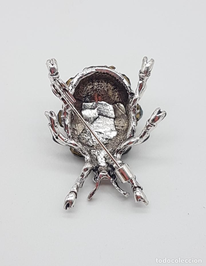 Joyeria: Broche de estilo art decó en forma de insecto realista, acabado en esmaltes al fuego y pedrería . - Foto 5 - 172584512