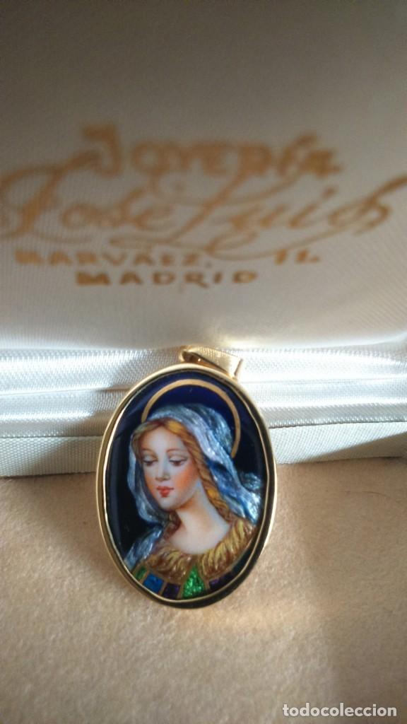Joyeria: Colgante medalla Virgen Esmalte y oro - Foto 2 - 162927746