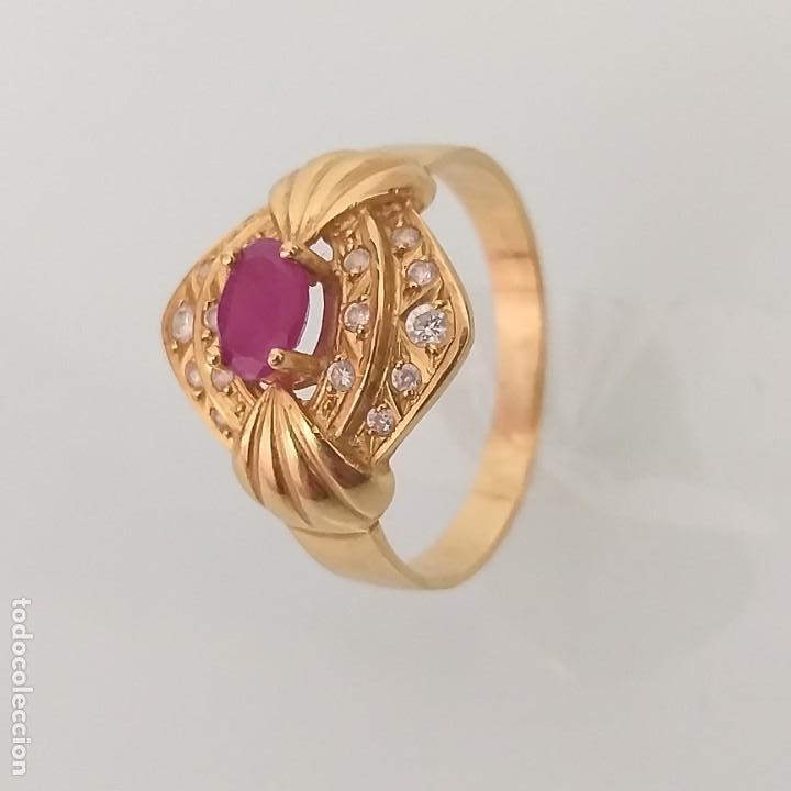 Joyeria: Anillo de Oro de 18 quilates Espinela roja y topacios blanco - Foto 3 - 163342074