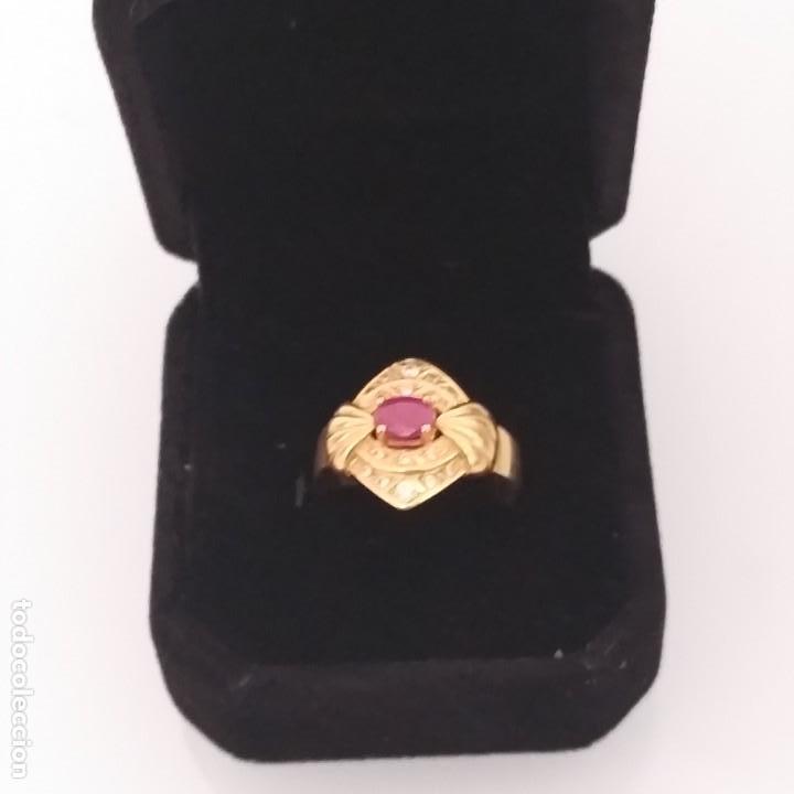 Joyeria: Anillo de Oro de 18 quilates Espinela roja y topacios blanco - Foto 5 - 163342074