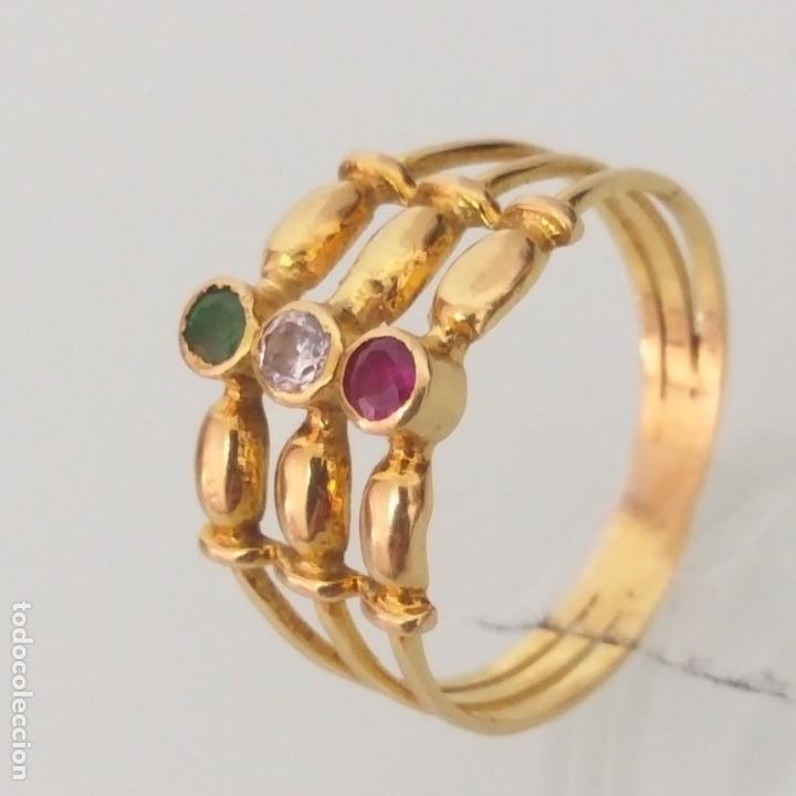 Joyeria: Anillo de Oro de 18 Quilate Esmeralda Rubí y topacio blanco - Foto 3 - 163343618