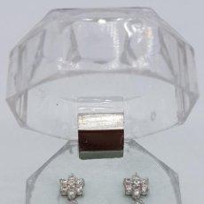 Jewelry - Elegantes pendientes de plata de ley contrastada, flor de circonitas y perlas de agua dulce . - 163481050