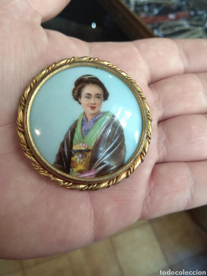 Joyeria: Antiguo Broche Porcelana Limoges Pintado a Mano - Geisha - - Foto 3 - 164706569