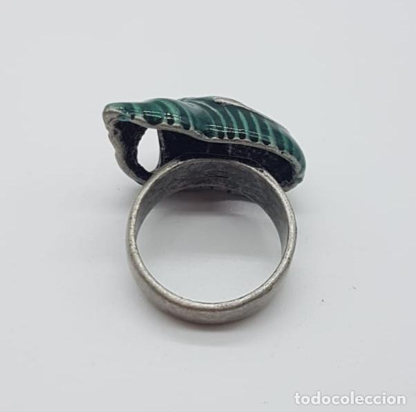 Joyeria: Original anillo de caracola con acabado en plata vieja y esmaltes color verde malaquita . - Foto 3 - 165872634
