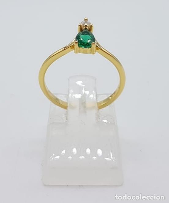Joyeria: Elegante sortija de pedida de mano en plata de ley, oro 18k, circonita y turmalina verde esmeralda . - Foto 4 - 244471375